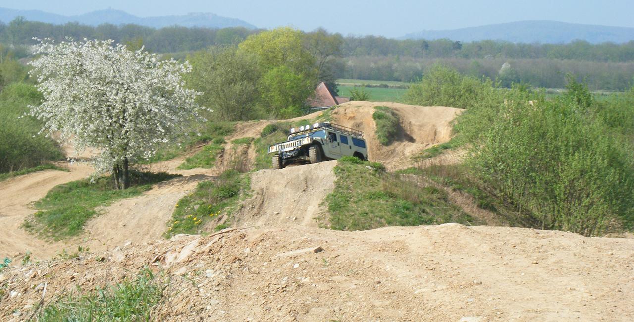 30 Min. Hummer H1 offroad fahren in Hermeskeil, Raum Trier