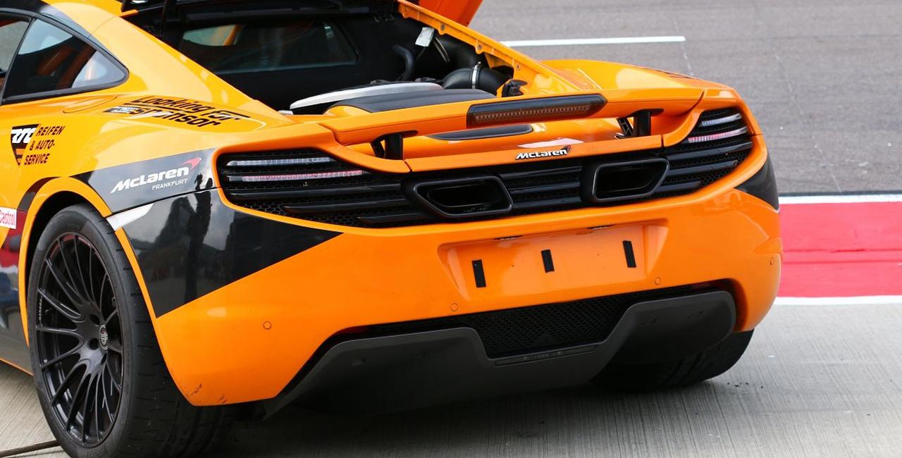 6 Rd. McLaren MP4-12C selber fahren auf dem Eurospeedway Lausitz