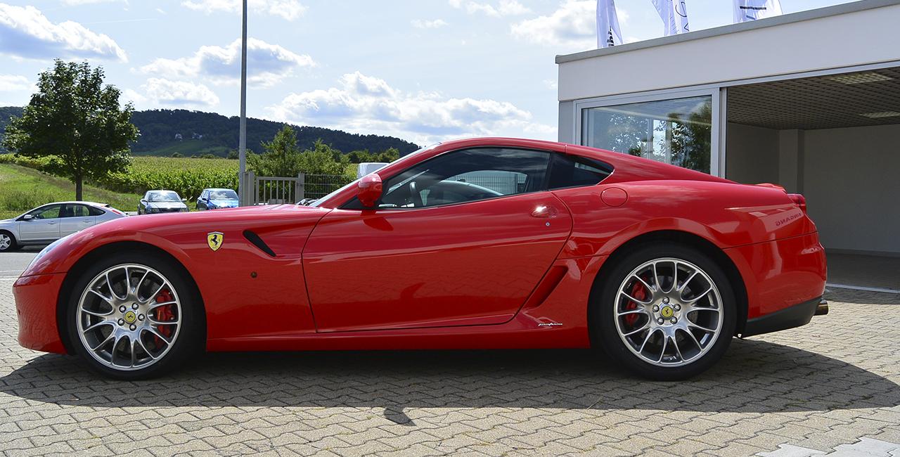 50 Min. Ferrari GTB 599 selber fahren in Bad Dürrheim